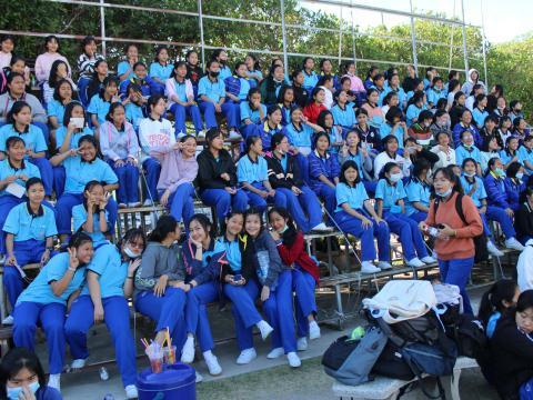 ฟุตบอล สพม. สตรีศึกษา VS ธวัชบุรีพิทยาคม